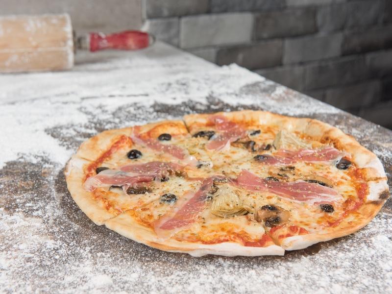 Pizza Con Harina De Garbanzo Casa Ruiz